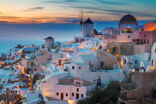 Want to Travel to Greece? Here is What You Should Expect - Running with Miles