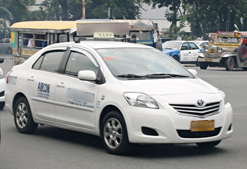 Taxi Cabs in Select Countries Around the World - The Gate