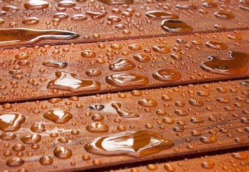 3 Ways to Waterproof Wood