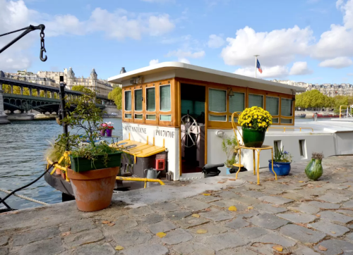 16 Weirdly Awesome Summer Vacation Rentals on Airbnb