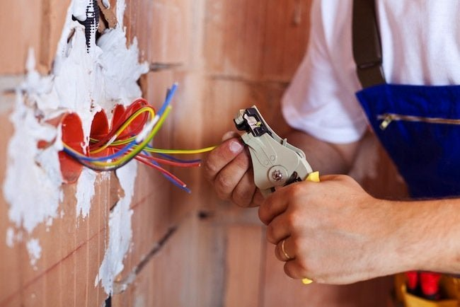 Electricians: 5 Reasons Why Home Depot Deserves Another Look