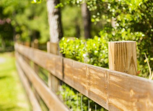 The Most Affordable Ways to Fence in a Yard