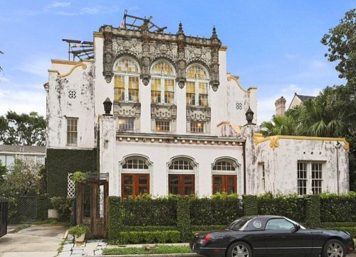 Curb Appeal to Steal from 12 Hollywood Homes