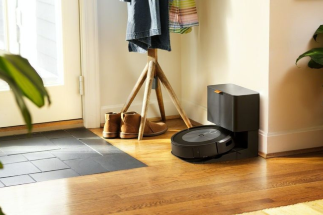 10 Products We Love on Sale This Week: Roomba, DeWalt, Samsung, and More
