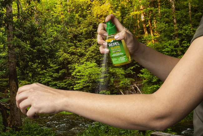 The Best Natural Bug Spray to Stay Bite-Free