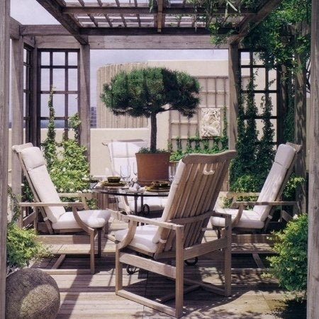 10 Ways to Create Your Own Paradise in the Backyard