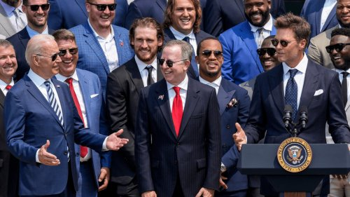 Tampa Bay Buccaneers, including Tom Brady, visit White House