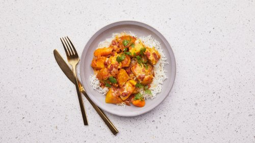 Yellow Curry Chicken With Vegetables