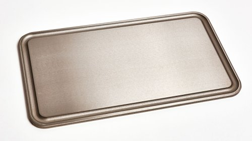 The Baking Steel Griddle Turns Your Crappy Stove Into a Diner-Style Flattop