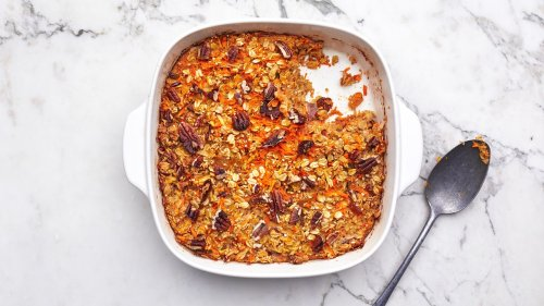 This Baked Oatmeal Is Endlessly Customizable