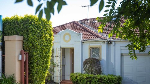 Sydney Couple Sell House For $490,000 Profit... Nine Weeks After Buying It