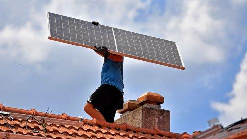 Photovoltaik auf Dächern schwächelt – auch beim Freistaat