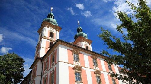 Zentrum für Künstliche Intelligenz bald in Oberpfälzer Kloster?