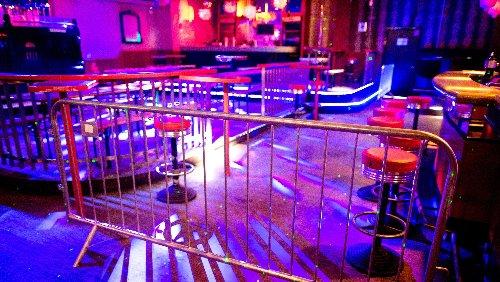 Über ein Jahr geschlossen: Was Corona mit Clubs und Bars macht