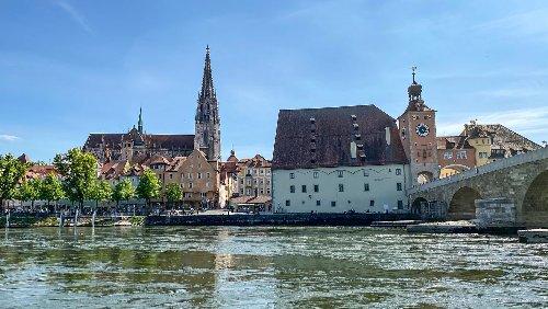 Corona-Ticker Oberpfalz: Verschärfte Corona-Regeln in Regensburg