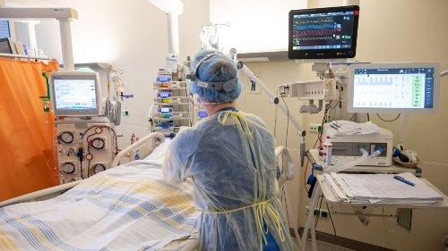 Intensivbetten: Wie Corona-Leugner Krankenhäuser diskreditieren
