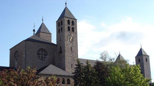 Landrätin weist Kritik der Abtei Münsterschwarzach zurück