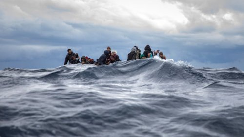Mehr als 400 Flüchtlinge im Mittelmeer gerettet