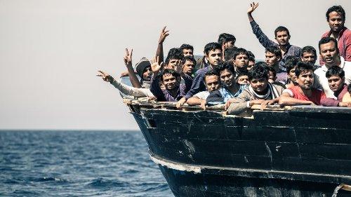 Hilferufe aus Italien: 2.000 Flüchtlinge erreichen Lampedusa