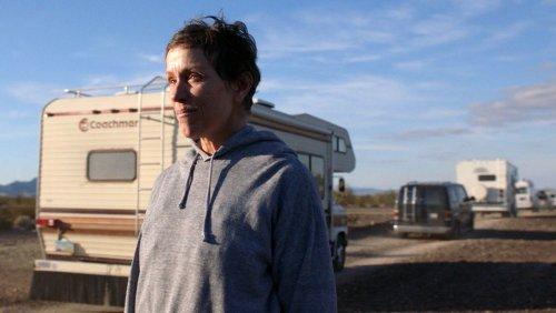 """Golden Globes Nominierungen: """"Nomadland"""" ist heißer Favorit"""