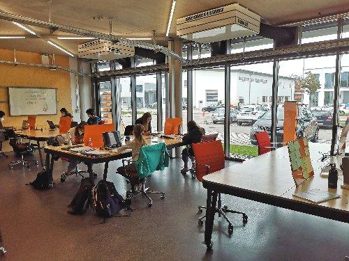 Innovative Idee für Schüler - Lernen im Co-Learning-Space