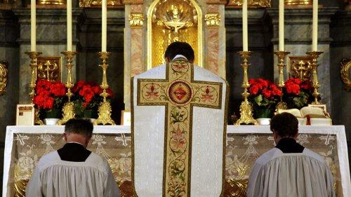 """""""Gescheitert"""" - Papst schränkt Messe für Traditionalisten ein"""