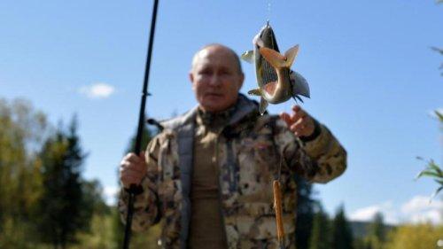 Kreml veröffentlicht Fotos von Putin im Urlaub