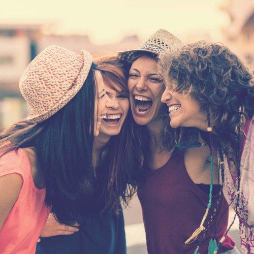 Mädelsabend: 12 Tipps für eine lustige Zeit!   BRAVO