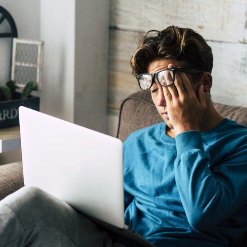 Ständig müde: 14 Ursachen die schlapp machen – und wie du fitter wirst | BRAVO