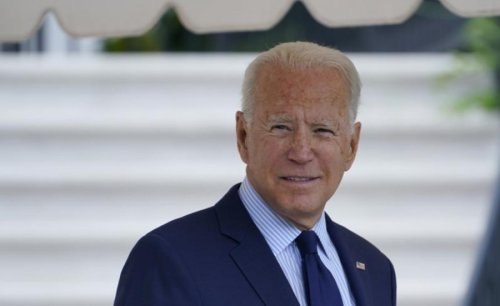 """Biden called the journalist a """"headache"""" after the question of vaccination"""