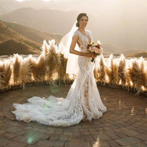 20 Timeless Trumpet Wedding Dresses for Every Bridal Style