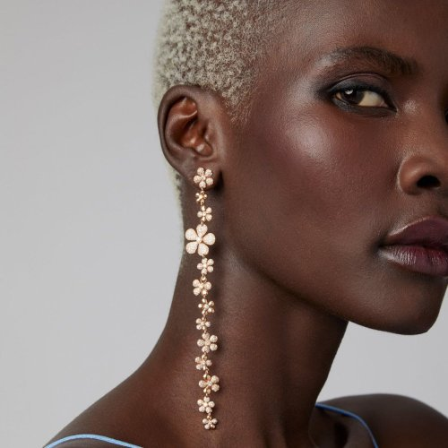 22 Stunning Pieces of Rose Gold Jewelry to Wear on Your Wedding Day and Beyond
