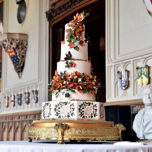 12 Royal Wedding Cakes That Will Make Your Jaw Drop