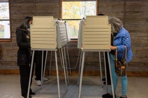 Michigan House approves voter ID bill, adds signature-matching provision | Bridge Michigan