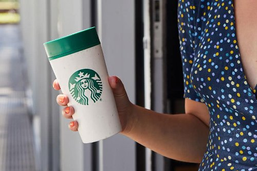 Great News: Starbucks Is (Finally!) Bringing Back Reusable Cups