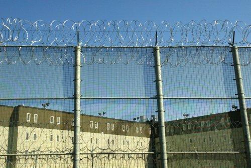 Judge Denies Prison Guard Union Attempt to Block Governor's Vaccine Mandate