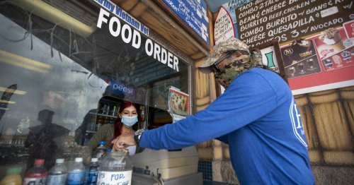 Restaurant workers face smaller tips, mask resistance as Huntington Beach struggles with COVID-19 slump