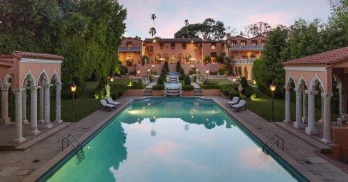 'Homeless billionaire' Nicolas Berggruen wins Hearst estate auction with $63.1-million bid