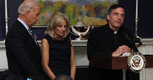 Priest who said President Biden's inaugural Mass resigns from Santa Clara University after investigation
