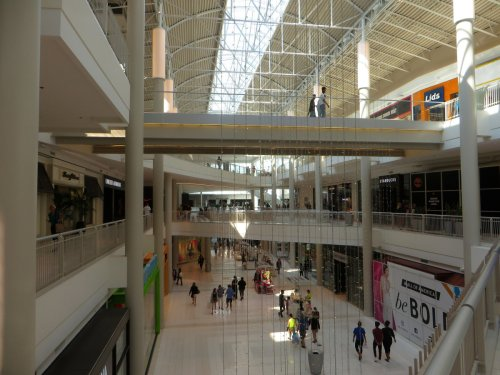 Family of child thrown from balcony in 2019 files lawsuit against Mall of America