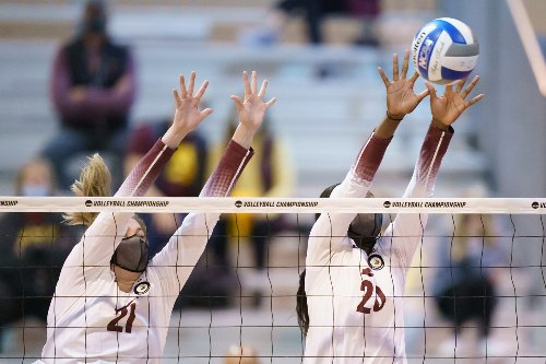 Gopher volleyball cruises to Sweet 16, now 2 wins from Final Four