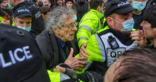 Anti-lockdowners convicted after protest in Bristol
