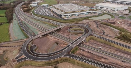 Dead-end motorway junction saga descends into 'royal mess'