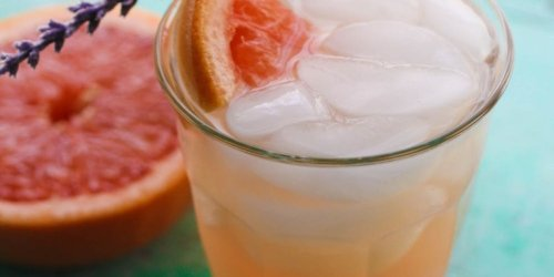 This Pamplemousse La Croix and Lavender Mocktail Is Your New Summer Drink