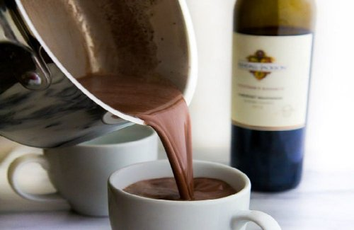 Red Wine Hot Chocolate Is the Savory Drink You'll Be Sipping All Winter