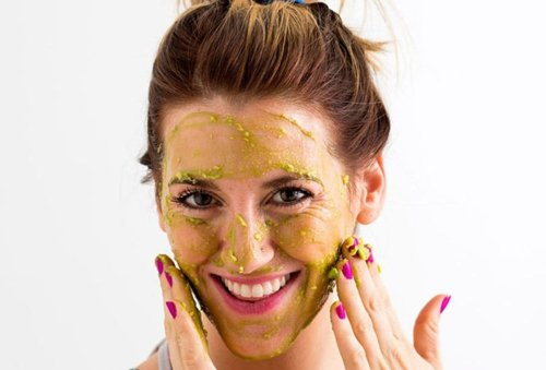 Make This Homemade Pumpkin Face Mask for Clear, Radiant Skin