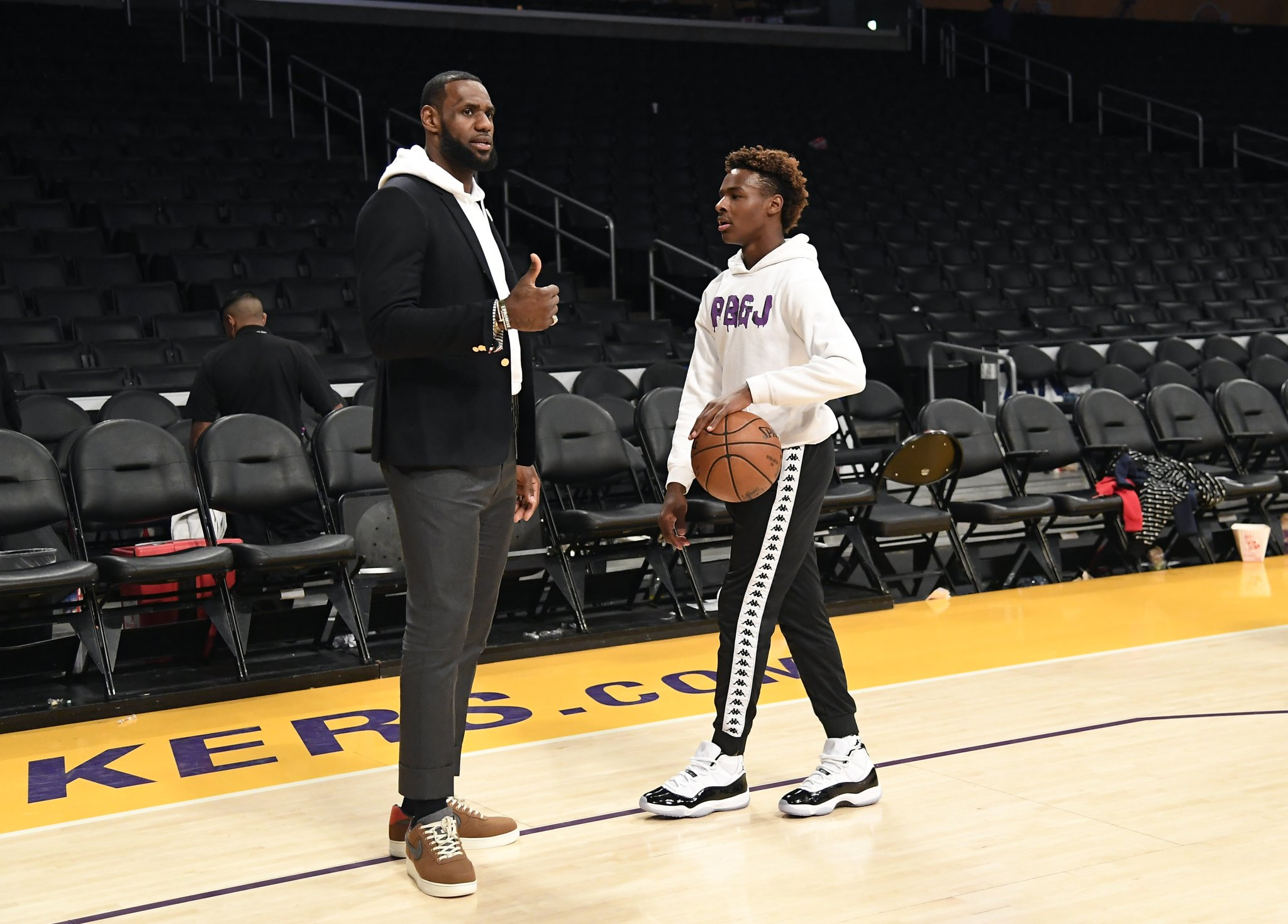 People Are Assuming Bronny James Got Grounded By LeBron Because He Couldn't Hang Out And Play Call Of Duty With Odell Beckham Jr. - BroBible