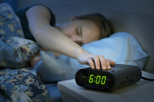 Hitting The Snooze Button Every Morning Is Ruining Your Life For Many Different Reasons