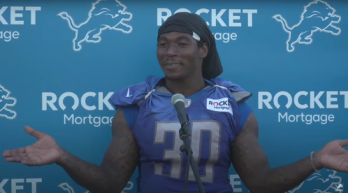Jamaal Williams Made Two Reporters Play 'Rock, Paper, Scissors' During A Hilarious Media Session
