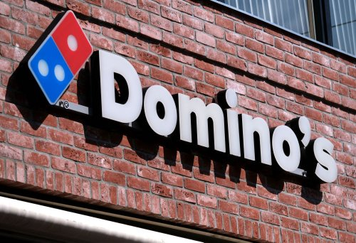 Domino's Tried To Give 'Nice Karens' Free Pizza But Canceled The Promo After Angry Critics Demanded To Talk To A Manager - BroBible